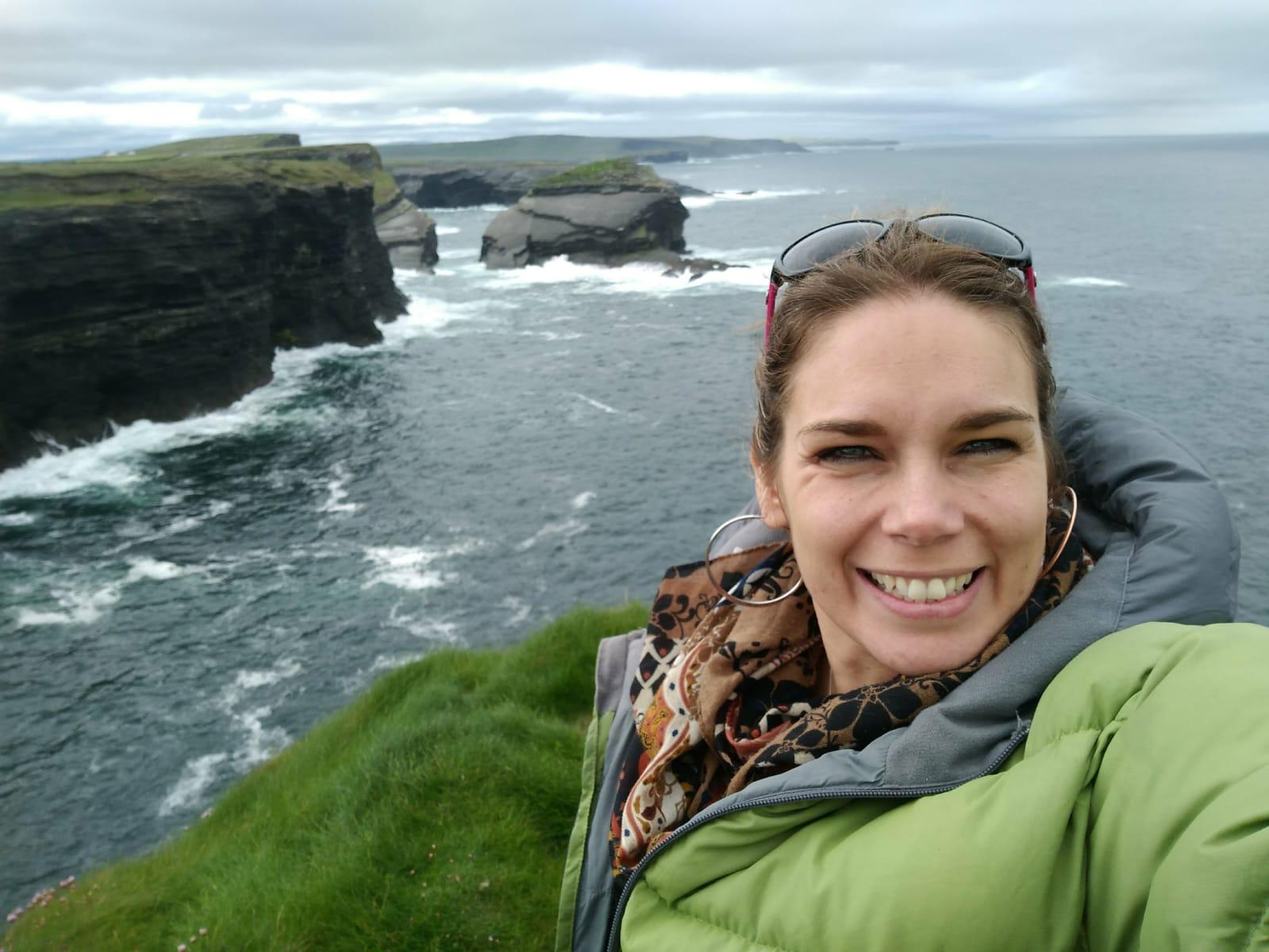 ded4e82e33403 Géra nte de Connemara Adventure Tours depuis 2009 et originaire de France